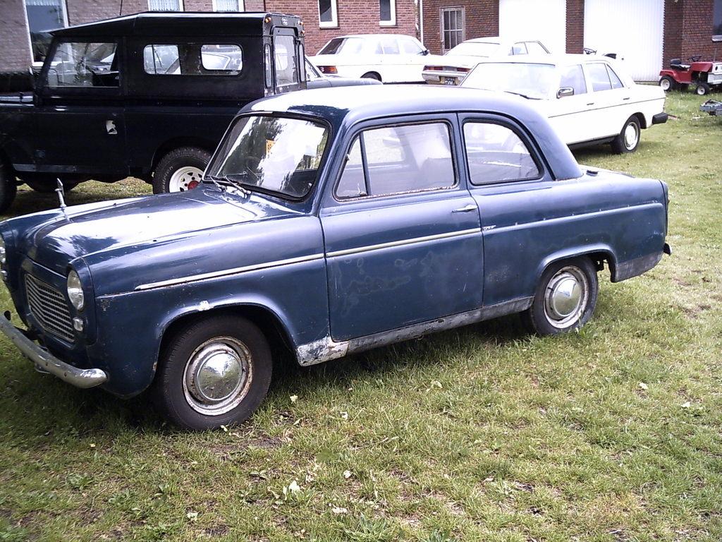 Ford popular 100 E de luxe.